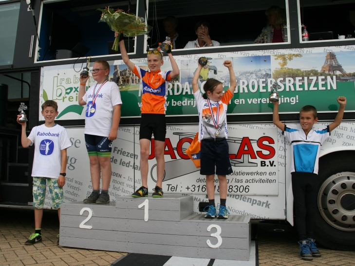 Podium Cat 2 Rabo DBR Hank 2015