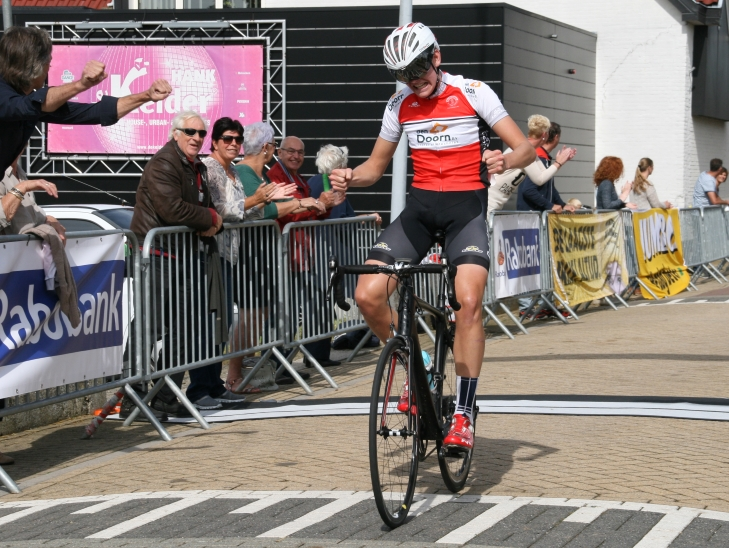 Nieuwelingen winnaar Bram Pieters DJR