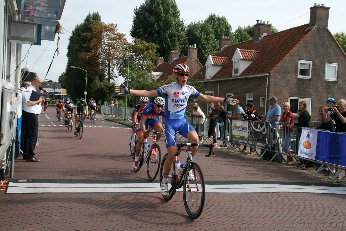 bas-van-belle-winnaar-nieuwelingen-2016